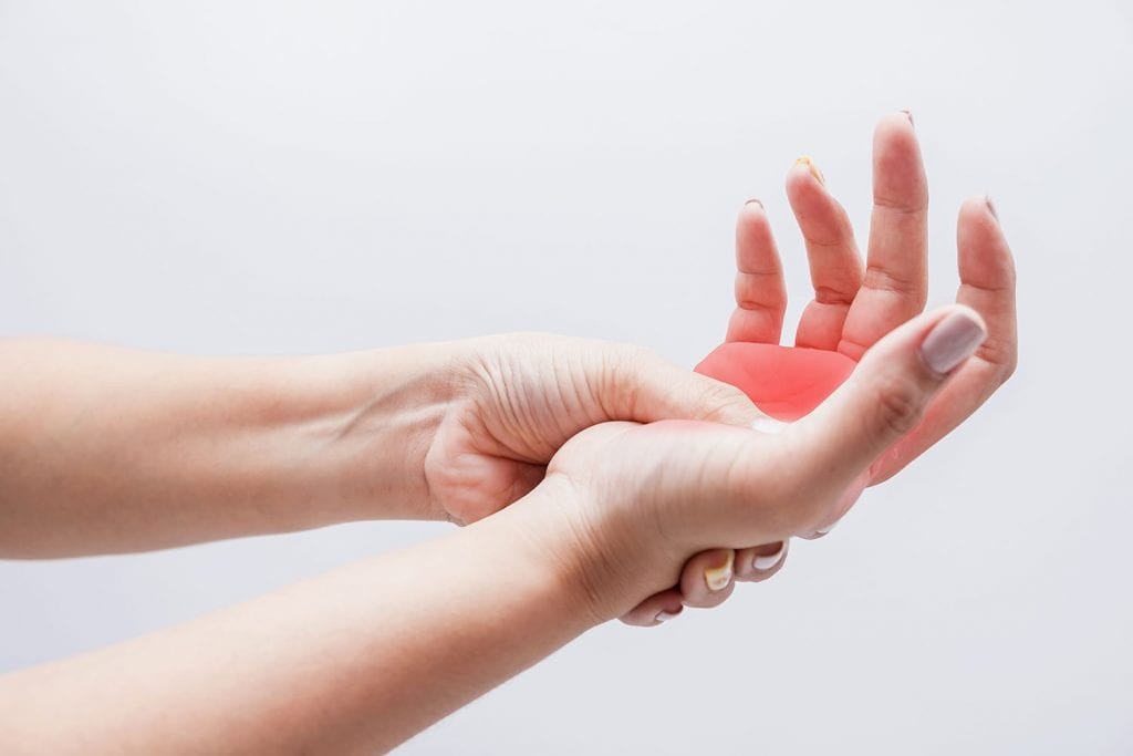 ماهي الأمراض التي يمكن معرفتها في الجسم عن طريق أعراض التنميل Vejthani Hospital